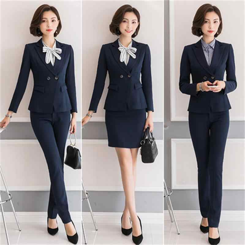 How Should A Lady Dress For An Interview?