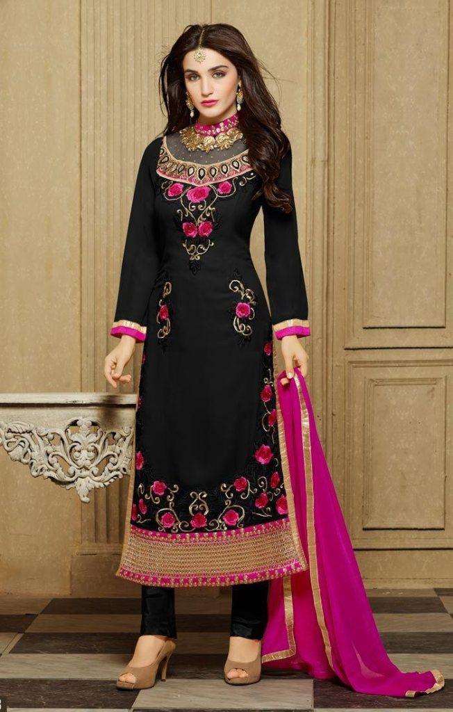 The Lady Dress in Pakistan