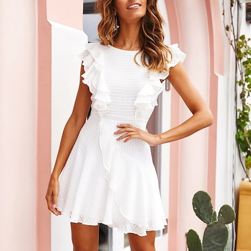 Finding the Perfect Mini Dress for Any Body Type