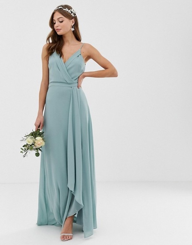 How To Choose The Right Wrap Dress For Your Wedding
