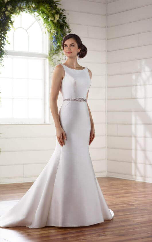 Tips To Choose Silk Wedding Dresses
